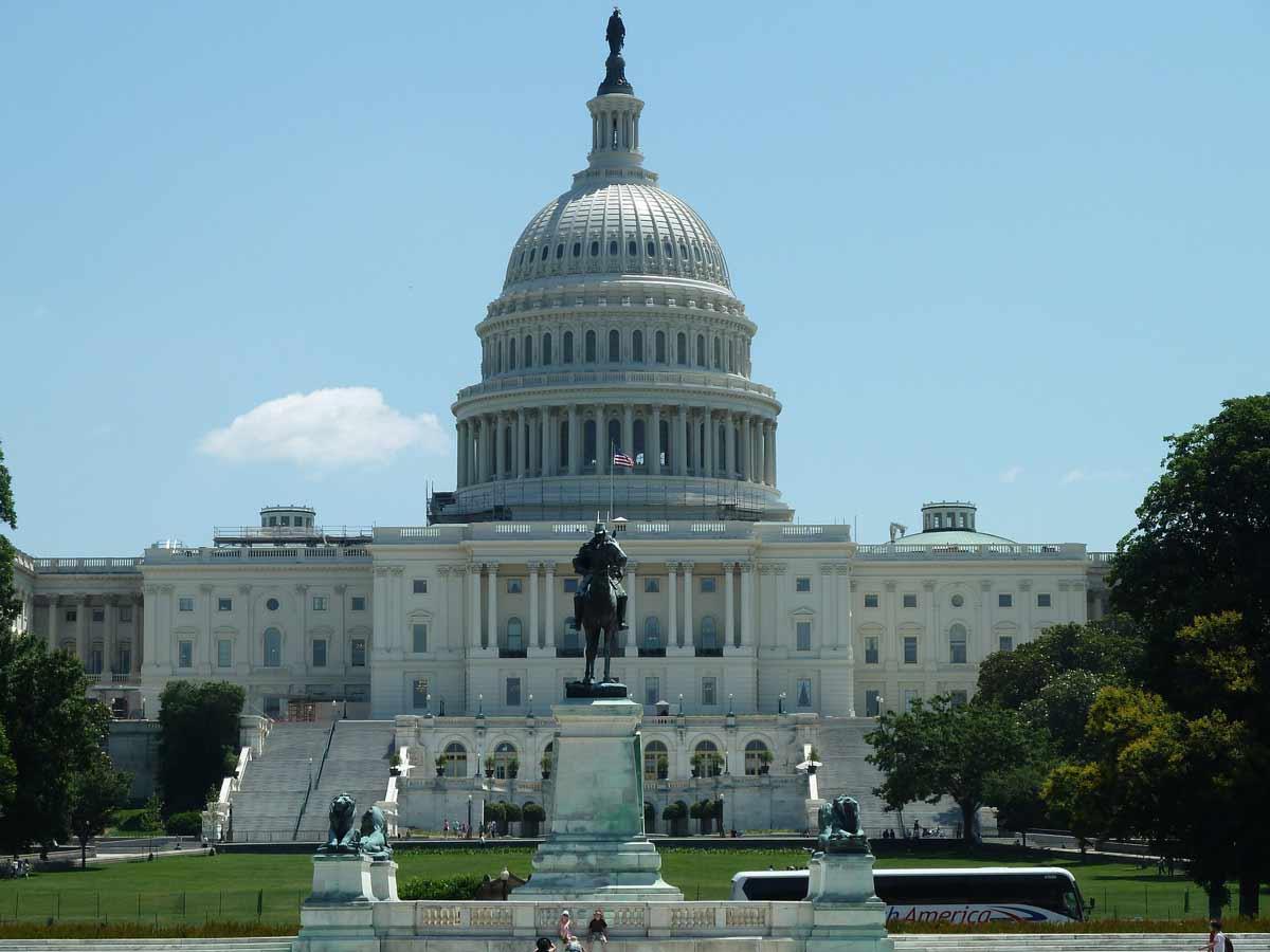 טיול מאורגן בוושינגטון מול הבית הלבן